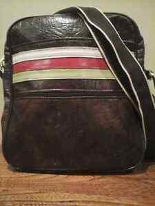 Laptop Carrier/Handbag.