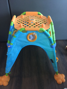 Yookidoo Discovery Playhouse, perfect condition, barely used. $