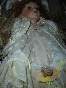 Poupée en porcelaine / Porcelain dolls /Beanie Babies Gatineau Ottawa / Gatineau Area image 4