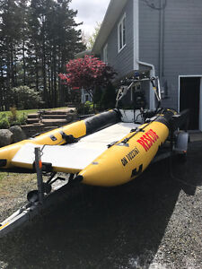 Superduxx tunnel hull inflatable 40hp tohatsu