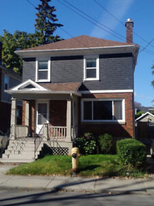 Ideal Downtown Location - 516 Victoria Street