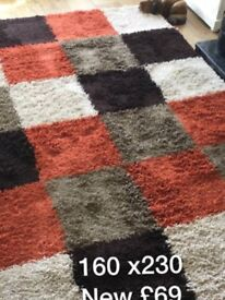 RUG NEW LARGE THICK SHAG PILE GREAT QUALITY