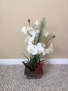 Moving Sale!artificial orchid for $5