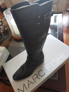 Women's black dress boots, Marc Fisher, Size 8.5 (New condition)