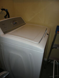 Laveuse Maytag à chargement vertical