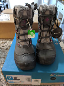 Kids Columbia Winter Boots Brand New Size 2