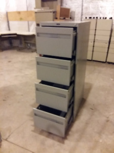 Global 4 drawer filing cabinet with lockbar