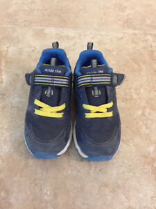 Stride Rite Shoes - Toddler Boys - size 8