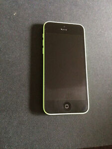 MINT Condition GREEN IPHONE 5C 200$ OBO Kitchener / Waterloo Kitchener Area image 1