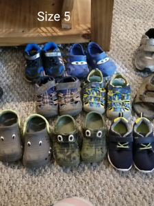 Tons of shoes !