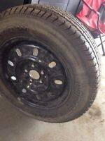 215/65 R16 steel rim and almost new tire all for 100$
