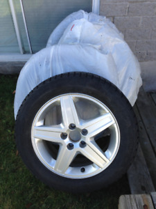 4 Pneus hiver et mags/ 4 Snow Tires and Mags