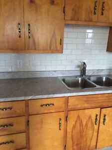 2 Bedroom Apartment on Doncaster, heat included, Avail. Nov. 1st