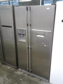 SAMSUNG DOUBLE DOOR AMERICAN STYLE FRIDGE FREEZER WITH WATER AND ICE D
