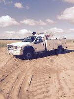 2005 Ford F550 service truck for sale