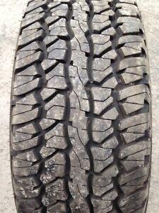 1 pneu été LT 275/65R20 Firestone Destination A/T