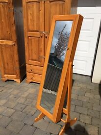 Jewellery Cabinet with mirror