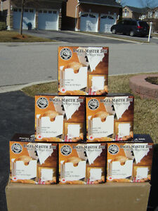 14 BRAND NEW BAGEL SLICERS IN A BOX CHEAP PRICE $10.00 EACH