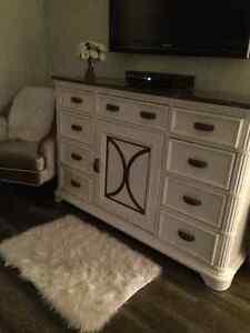 SOLID WOOD dresser including matching mirror