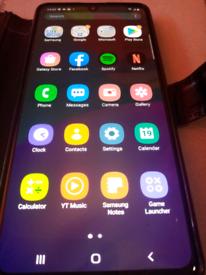 Samsung Galaxy A41 64gb Black with case