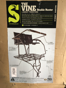 """Summit """"the vine """" double ladder stand Brand new in the box"""
