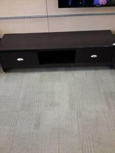 *** USED *** CORLIVING LAKEWOOD AV STAND   S/N:51174968   #STORE524