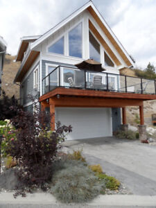 Awesome lake view, fully furnished 3 bdrm,2 full bath house