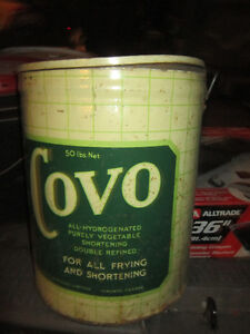Cool old Tin Covo Vegetable Oil Can. Clean, original Condition.