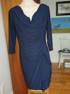 Very classy and flattering navy dress by Evan-Picone Size 14