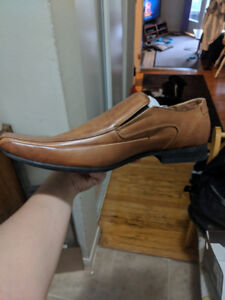 Brand new Men's business shoes