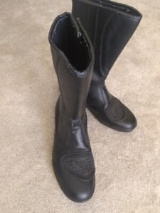 River Road Motorcycle Boots - Size 9