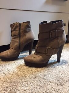Italian leather boots size 8