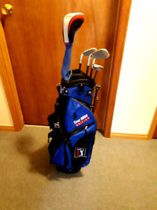 JRH PGA TOUR MAX EDITION SILVER SIZED GOLF SET