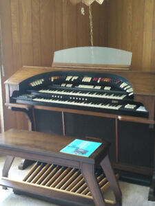 Conn Martinique Theatre/Cathedral Organ