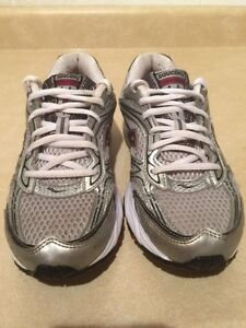 Women's Saucony Cohesion 4 Running Shoes Size 7.5 London Ontario image 4