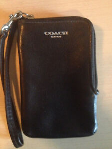 Genuine COACH (New York) Leather Wristlet - Small