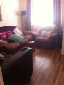3 singles, Lisburn Road, professional, clean, spacious.