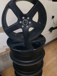 "Ford F150 - 22"" RIMS"