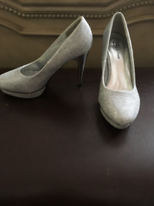 Silver High Heels (Size 7)