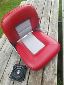 Boat seat with swivel - brand new