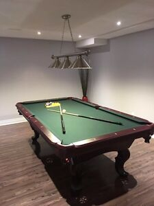 Mint condition pool table (include delivery/assembly)