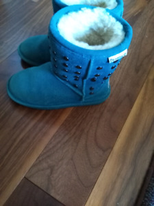 Bearpaw boots for girls