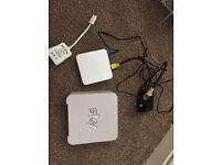 Sky Hub Box and Sky mini wireless box