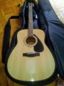 Vend Guitare Yamaha F310