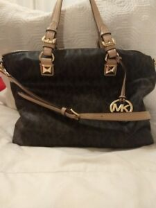 Sac a main Michael Kors - Michael Kors Handbag (purse)