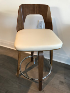 "24"" Swivel Counter Stool in Cream and Walnut -- BRAND NEW!"