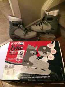 Large Junior skates, Adjustable 2 - 4