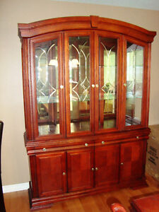Dinning Room Table and Hutch (Located in Trenton Ontario) Kingston Kingston Area image 6