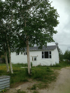 WATERFRONT HOUSE for RENT-CULLS HARBOUR(Glovertown Area)
