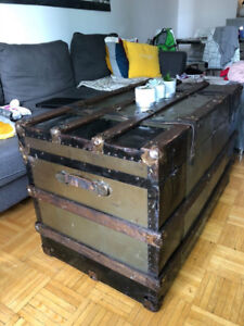 1898 - Vintage Old Trunk | Chest Large | Coffee Table